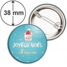 Badge 38mm Epingle Joyeux Noël Nounou - Ourson bonnet rouge fond bleu