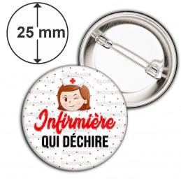 Badge 25mm Epingle Infirmière qui déchire - Tête Clin d'oeil Fond blanc