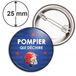 Badge 25mm Epingle POMPIER qui déchire - Casque Incendie Rouge Fond Bleu