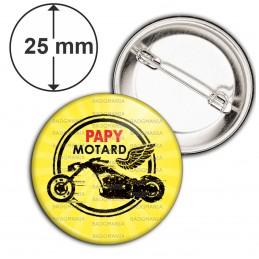 Badge 25mm Epingle Papy Motard - Moto Ailée fond jaune