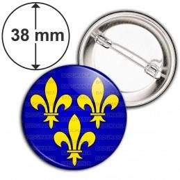 Badge 38mm Epingle Fleurs de Lys Royale Roi de France Royauté Ile de France - Jaune sur Fond Bleu