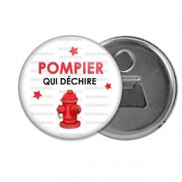 Décapsuleur 6cm Aimant Magnet POMPIER qui déchire - Bouche Incendie - Fond Blanc
