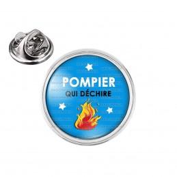 Pin's rond 2cm argenté POMPIER qui déchire - Flamme - Fond bleu