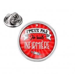 Pin's rond 2cm argenté J'Peux Pas Je suis Infirmière - Seringue Fond Rouge