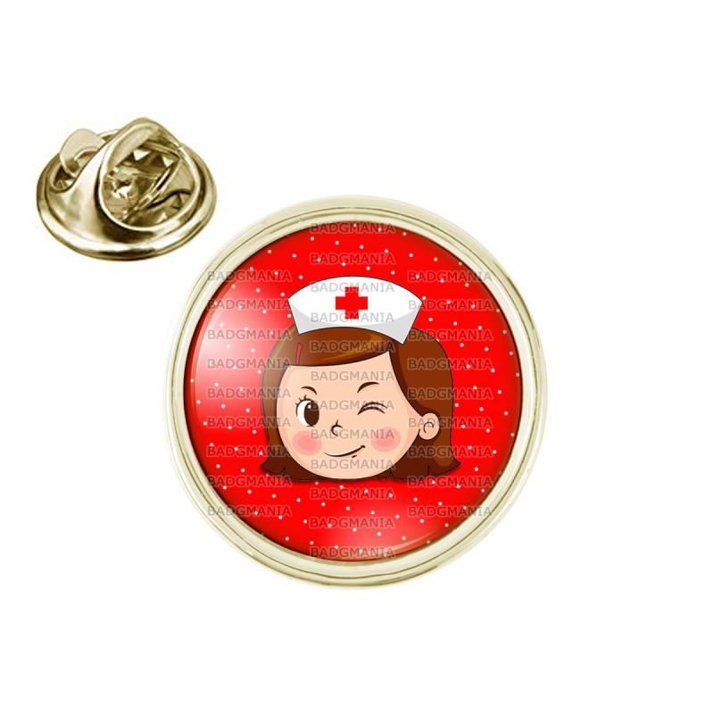 Pin's rond 2cm doré Infirmière Tête Clin d'oeil Fond Rouge