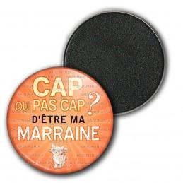 Magnet Aimant Frigo 3.8cm Cap ou pas Cap d'être ma Marraine - Fond orange chaton