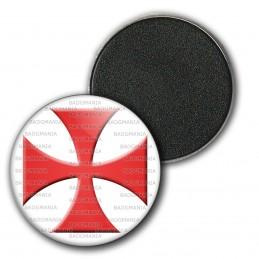 Magnet Aimant Frigo 3.8cm Ordre du Temple Templier Croix Templière Rouge Fond Blanc