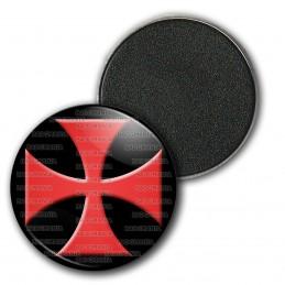 Magnet Aimant Frigo 3.8cm Ordre du Temple Templier Croix Templière Rouge Fond Noir
