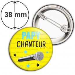 Badge 38mm Epingle Papy Chanteur - Micro