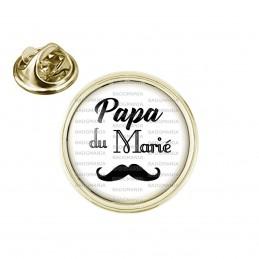 Pin's rond 2cm doré Papa du Marié - Moustache Mariage Cérémonie