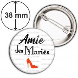 Badge 38mm Epingle Amie des Mariés - Escarpin Rouge Mariage Cérémonie