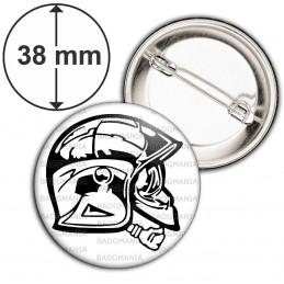 Badge 38mm Epingle SP Casque F1 de profil Sapeurs Pompiers Firefighter